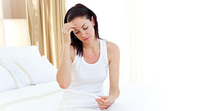 признаци за бременност, ранни, ареоли, кървене, зацапване, списание родител