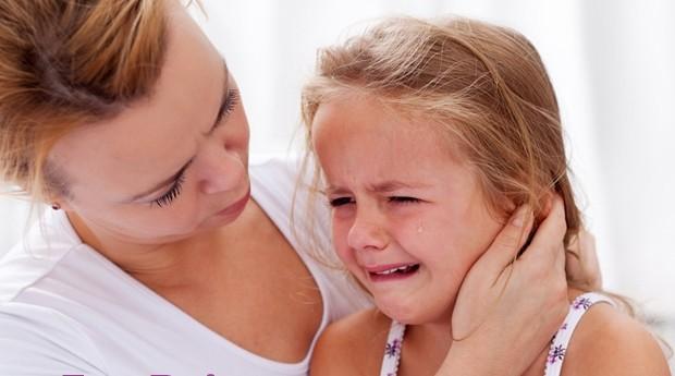 болка ухо дете