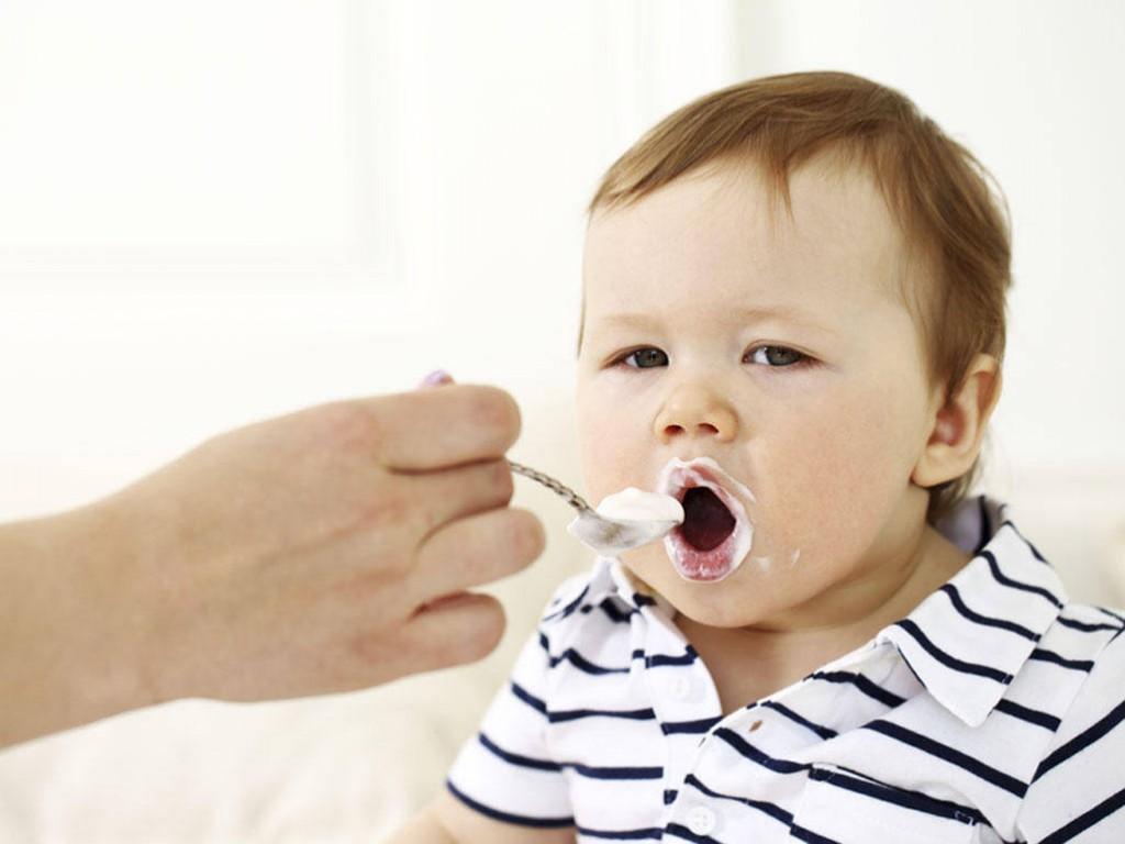 кисело мляко захранване