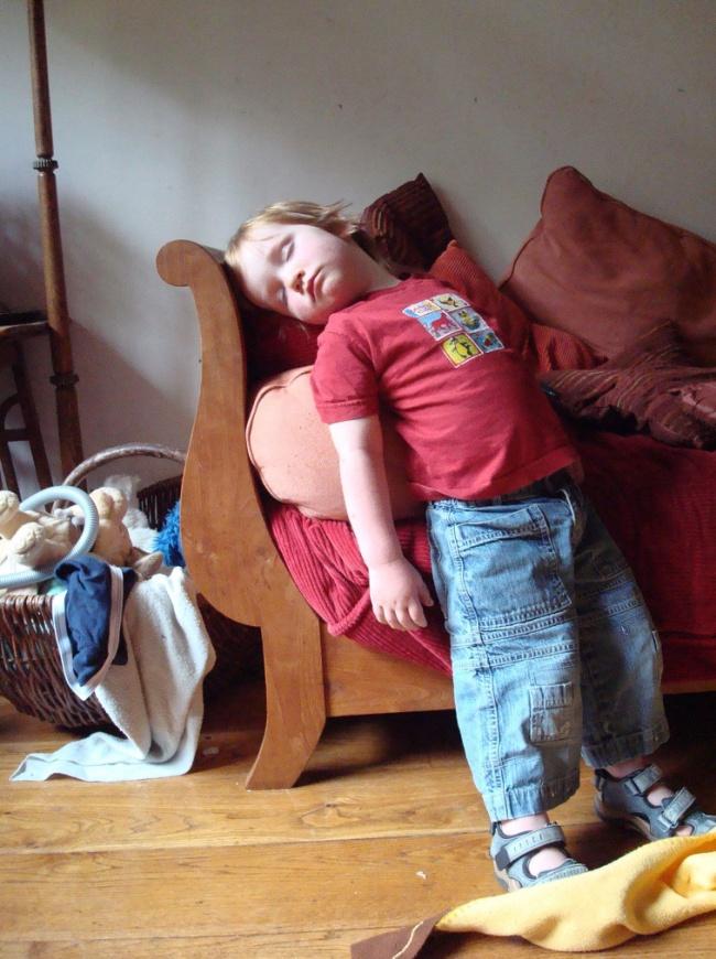 забавни снимки спящи деца10