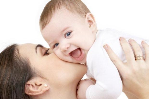 бебе майка обич