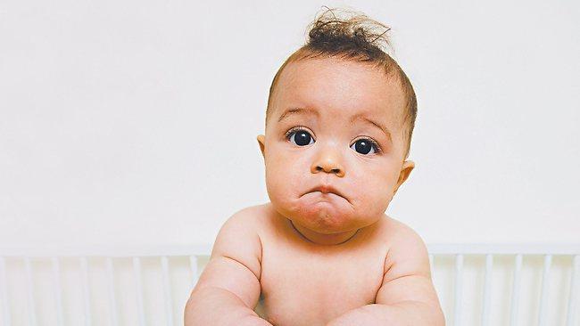 бебе невербално общуване