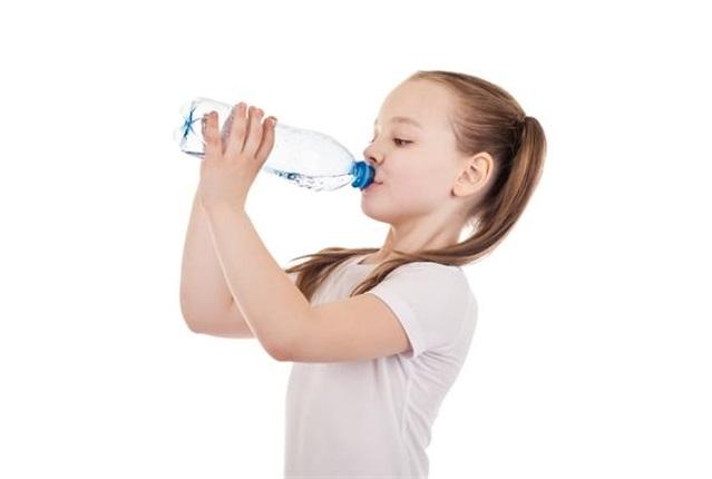 дете вода