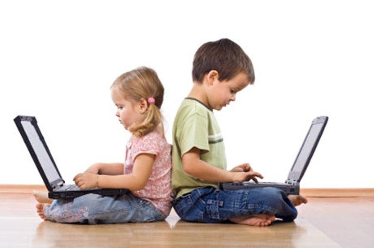 електронни устройства деца