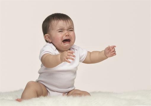 бебе плач мобилно приложение