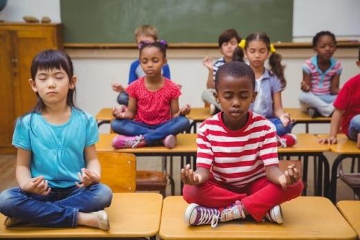 деца училище наказание