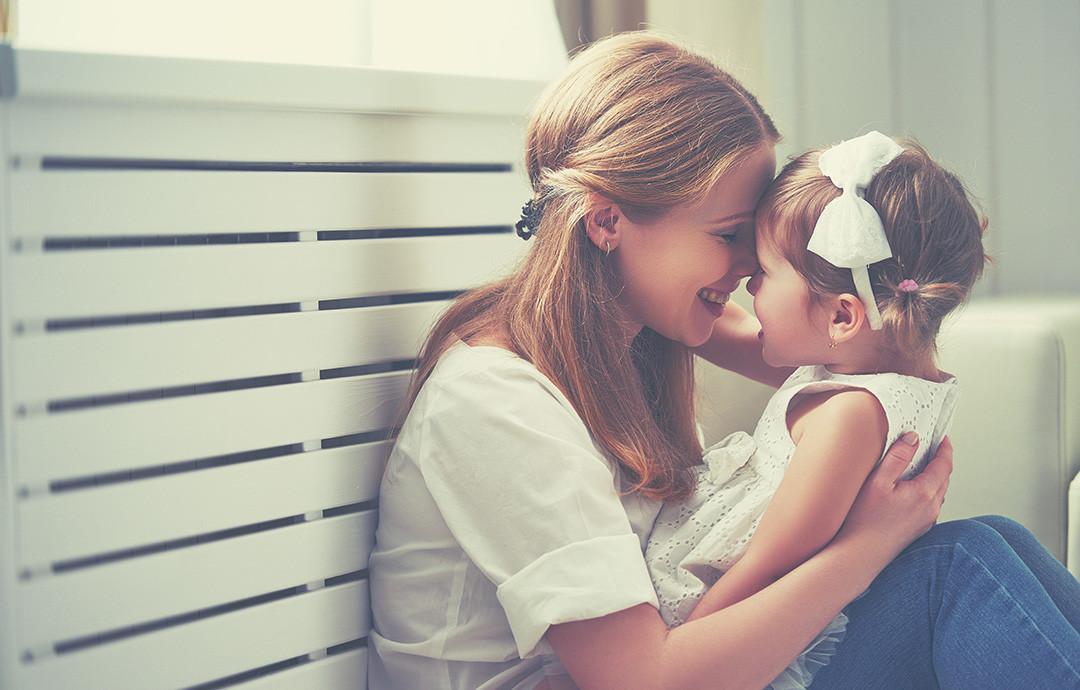 майка и дъщеря любов обич
