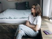 порастване момиче пубертет тинейджър проблеми